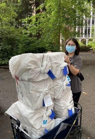 Kyungsuk at loading doc